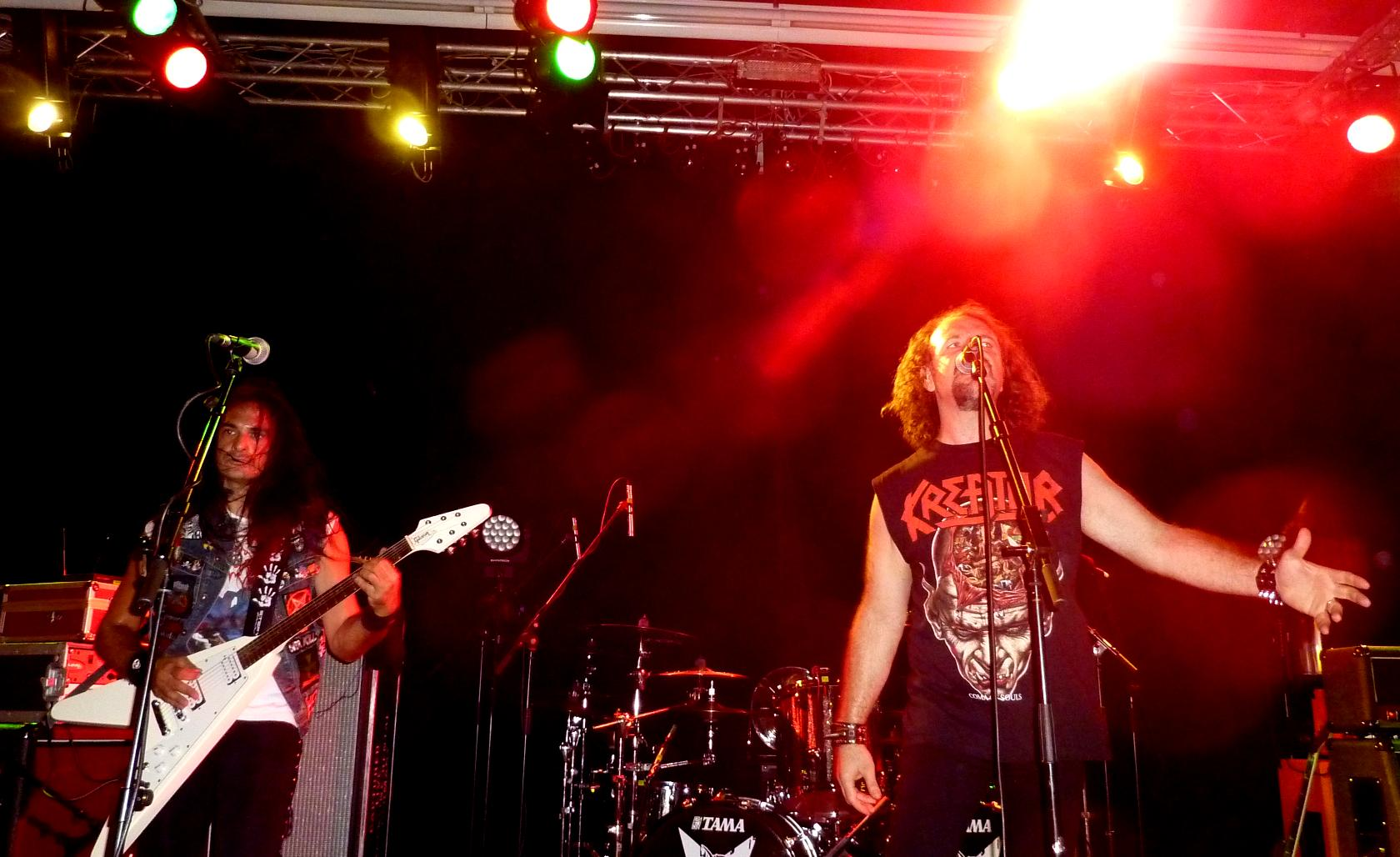 Supporting Sepultura