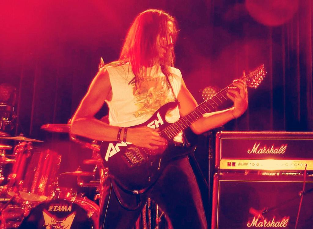 LUCK AZ - guitar 45