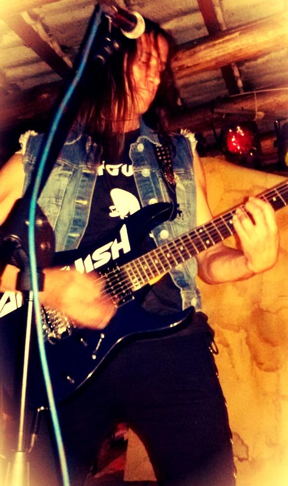 LUCK AZ - guitar 47