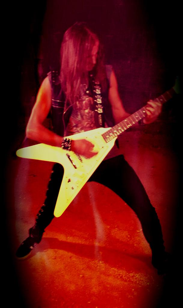 LUCK AZ - guitar 48
