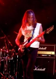 LUCK AZ - guitar 7