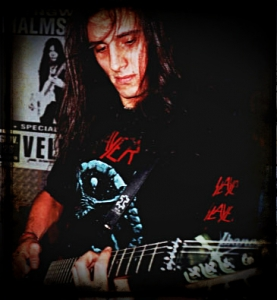 LUCK AZ - guitar 20