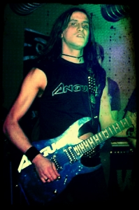 LUCK AZ - guitar 22