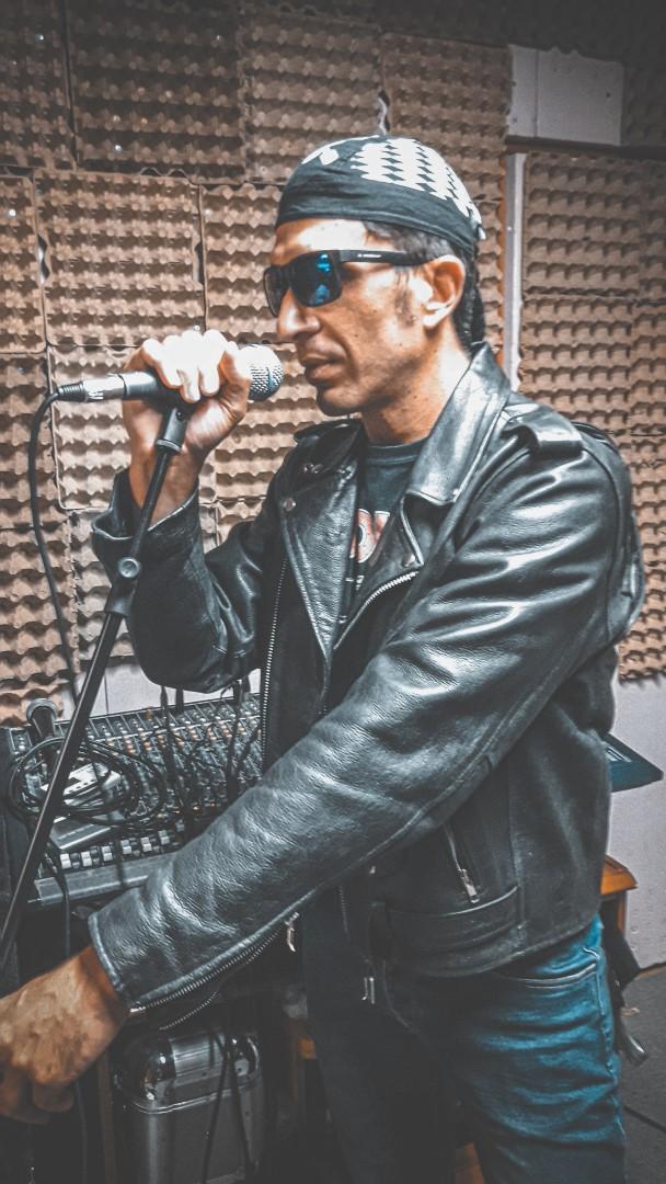 DESMO - vocals 2