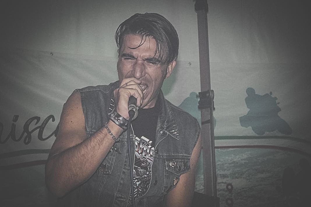 DESMO - vocals 12